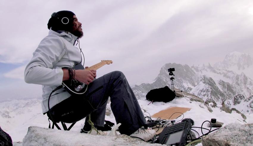 [Clip du jour] : Kwoon en live sur l'Aiguille du Triolet, c'est fou !