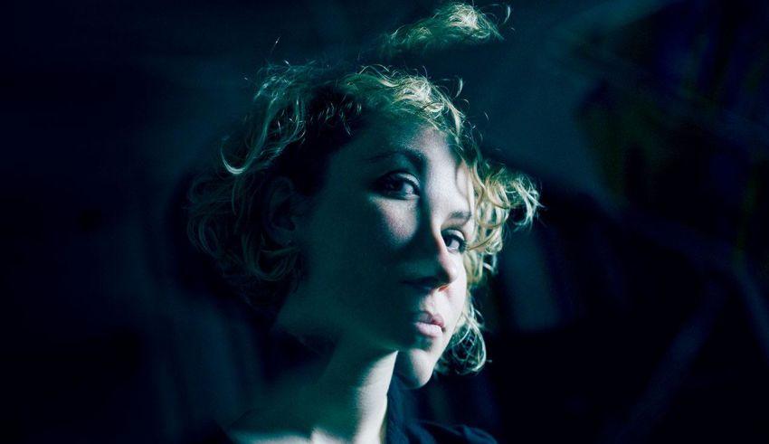 [Clip du jour] :Laura Perrudin - Light Players